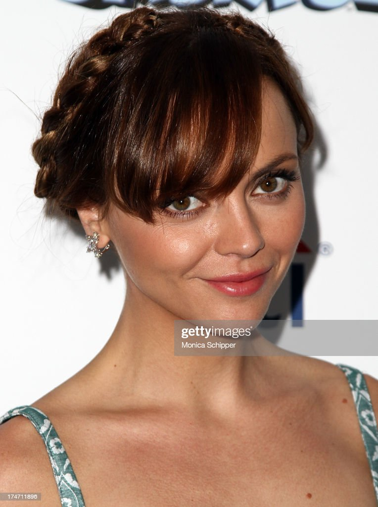 Actress <a gi-track='captionPersonalityLinkClicked' href=/galleries/search?phrase=Christina+Ricci&family=editorial&specificpeople=239510 ng-click='$event.stopPropagation()'>Christina Ricci</a> attends 'The Smurfs 2' New York Blue Carpet Screening at Lighthouse International Theater on July 28, 2013 in New York City.