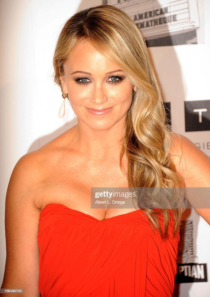 Actress <a gi-track='captionPersonalityLinkClicked' href=/galleries/search?phrase=Christine+Taylor&family=editorial&specificpeople=201985 ng-click='$event.stopPropagation()'>Christine Taylor</a> arrives for the 26th American Cinematheque Award Honoring Ben Stiller - Arrivals held at The Beverly Hilton Hotel on November 15, 2012 in Beverly Hills, California.