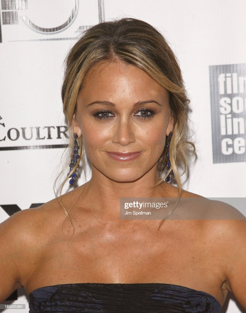 Actress <a gi-track='captionPersonalityLinkClicked' href=/galleries/search?phrase=Christine+Taylor&family=editorial&specificpeople=201985 ng-click='$event.stopPropagation()'>Christine Taylor</a> attends the Centerpiece Gala Presentation Of 'The Secret Life Of Walter Mitty' during the 51st New York Film Festival at Alice Tully Hall at Lincoln Center on October 5, 2013 in New York City.