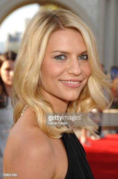 Actress Claire Danes arrives to the Los Angeles premiere of 'Stardust' at Paramount Pictures on July 29 2007 in Los Angeles California