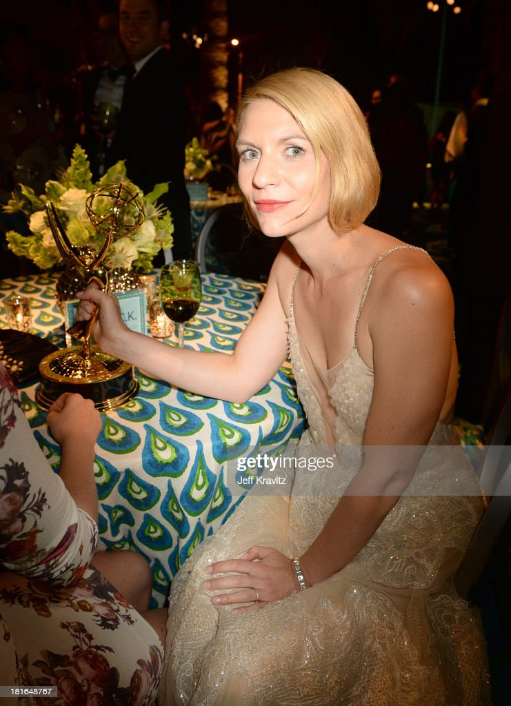 Actress <a gi-track='captionPersonalityLinkClicked' href=/galleries/search?phrase=Claire+Danes&family=editorial&specificpeople=202666 ng-click='$event.stopPropagation()'>Claire Danes</a> attends HBO's official Emmy after party in The Plaza at the Pacific Design Center on September 22, 2013 in Los Angeles, California.