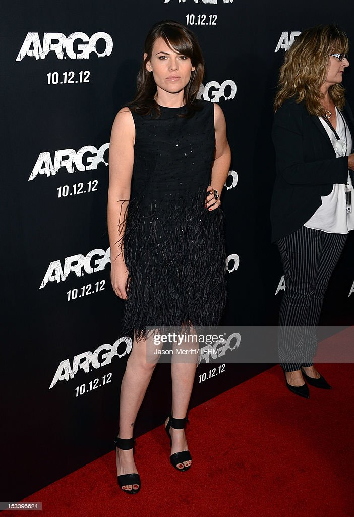 Actress Clea DuVall arrives at the premiere of Warner Bros. Pictures' 'Argo' at AMPAS Samuel Goldwyn Theater on October 4, 2012 in Beverly Hills, California.