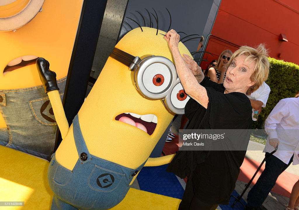 Actress <a gi-track='captionPersonalityLinkClicked' href=/galleries/search?phrase=Cloris+Leachman&family=editorial&specificpeople=204686 ng-click='$event.stopPropagation()'>Cloris Leachman</a> arrives at the premiere of Universal Pictures' 'Despicable Me 2' at Gibson Amphitheatre on June 22, 2013 in Universal City, California.