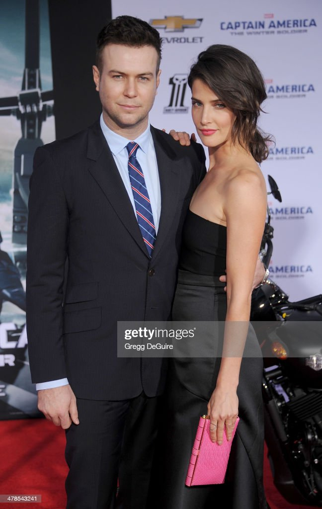 Actress <a gi-track='captionPersonalityLinkClicked' href=/galleries/search?phrase=Cobie+Smulders&family=editorial&specificpeople=739940 ng-click='$event.stopPropagation()'>Cobie Smulders</a> and husband <a gi-track='captionPersonalityLinkClicked' href=/galleries/search?phrase=Taran+Killam&family=editorial&specificpeople=3798325 ng-click='$event.stopPropagation()'>Taran Killam</a> arrive at the Los Angeles premiere of 'Captain America: The Winter Soldier' at the El Capitan Theatre on March 13, 2014 in Hollywood, California.