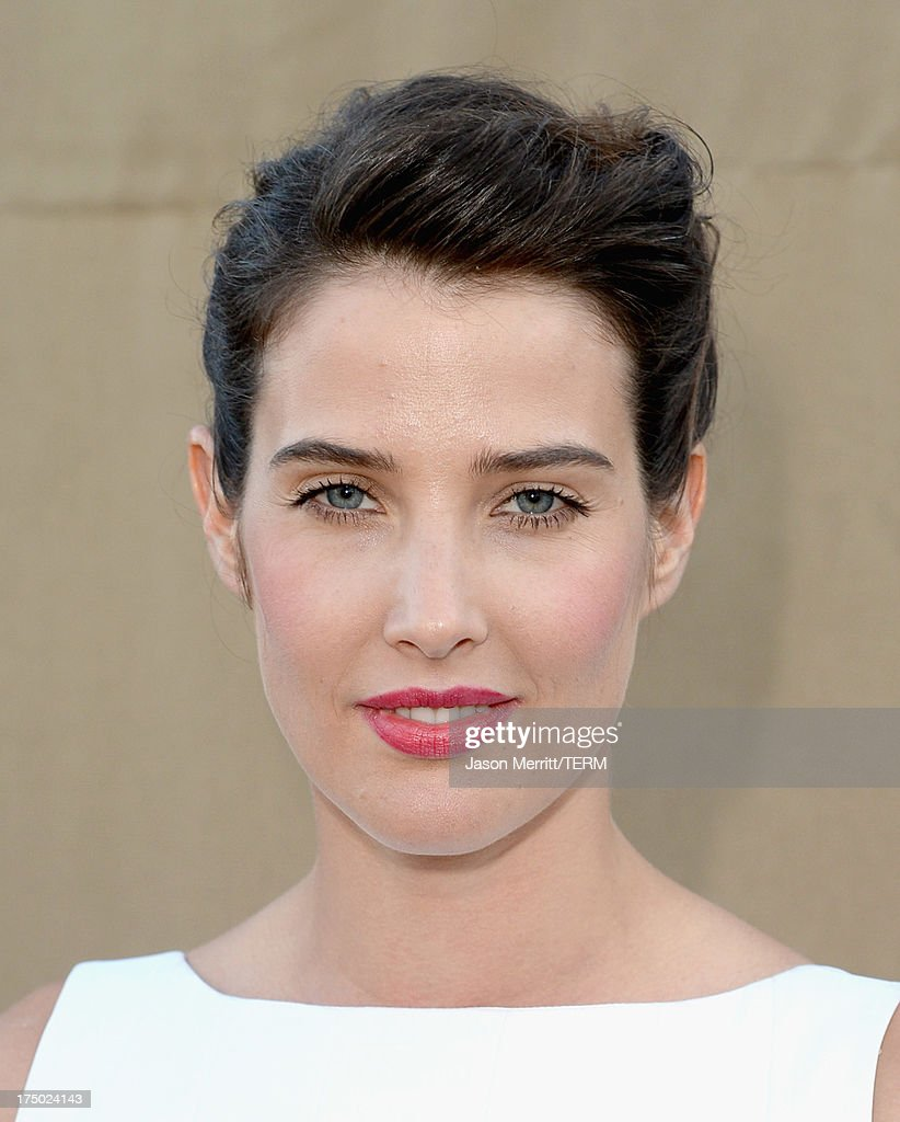 Actress <a gi-track='captionPersonalityLinkClicked' href=/galleries/search?phrase=Cobie+Smulders&family=editorial&specificpeople=739940 ng-click='$event.stopPropagation()'>Cobie Smulders</a> arrives at the CW, CBS and Showtime 2013 summer TCA party on July 29, 2013 in Los Angeles, California.
