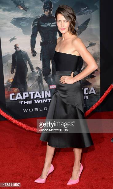 Actress Cobie Smulders arrives for the premiere of Marvel's 'Captain America The Winter Soldier' at the El Capitan Theatre on March 13 2014 in...