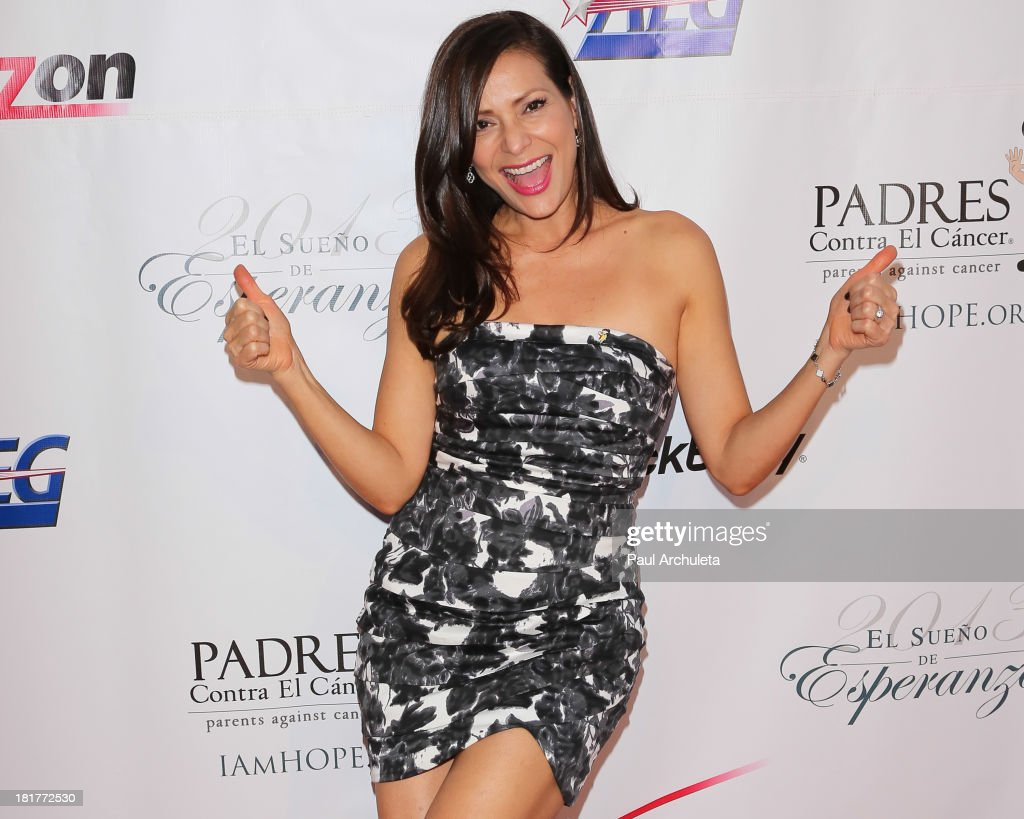 Actress <a gi-track='captionPersonalityLinkClicked' href=/galleries/search?phrase=Constance+Marie&family=editorial&specificpeople=204646 ng-click='$event.stopPropagation()'>Constance Marie</a> attends the Padres Contra El Cancer 13th annual 'El Sueno De Esperanza' Gala on September 24, 2013 in Los Angeles, California.