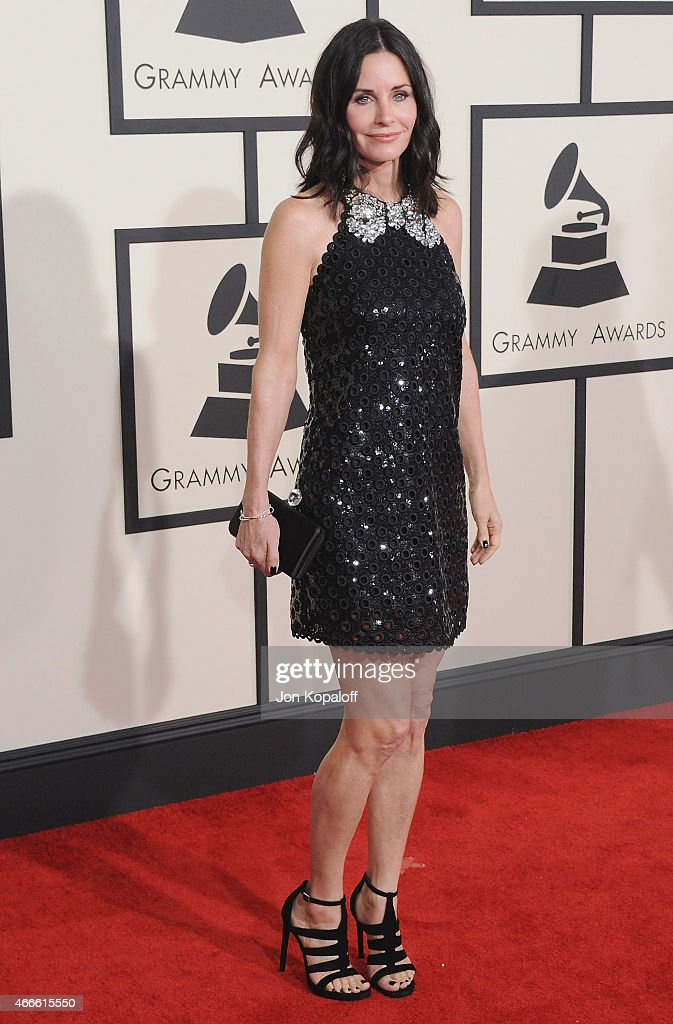 Actress Courteney Cox arrives at the 57th GRAMMY Awards at Staples Center on February 8, 2015 in Los Angeles, California.