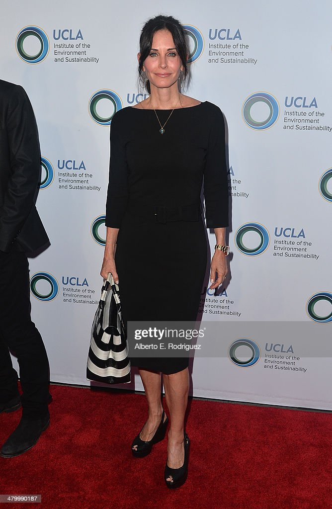 Actress Courteney Cox attends An Evening of Environmental Excellence presented by the UCLA Institute of the Environment and Sustainability on March 21, 2014 in Beverly Hills, California.