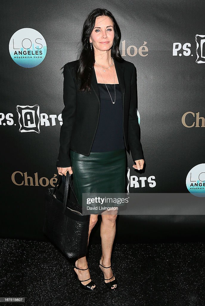 Actress Courteney Cox attends the Los Angeles Modernism Show & Sale at Barker Hangar on April 25, 2013 in Santa Monica, California.