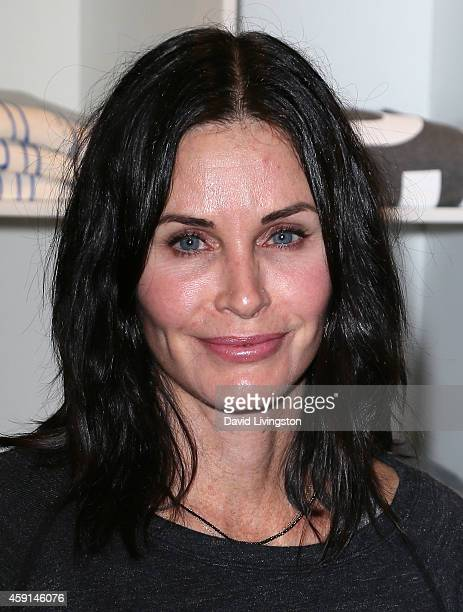 Actress Courteney Cox attends the Soul Cycle Charity Ride in LA benefiting Fashion Targets Breast Cancer hosted by the CFDA at Soul Cycle on November...