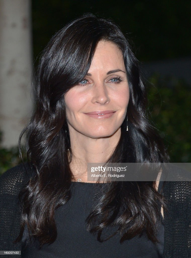 Actress Courteney Cox attends the UCLA Institute Of The Environment And Sustainability's 2nd Annual Evening Of Environmental Excellence on March 5, 2013 in Beverly Hills, California.