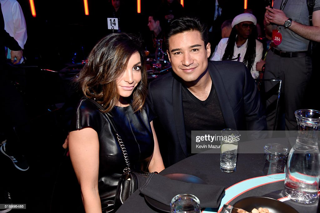 actress-courtney-laine-mazza-and-tv-personality-mario-lopez-attend-picture-id518996486