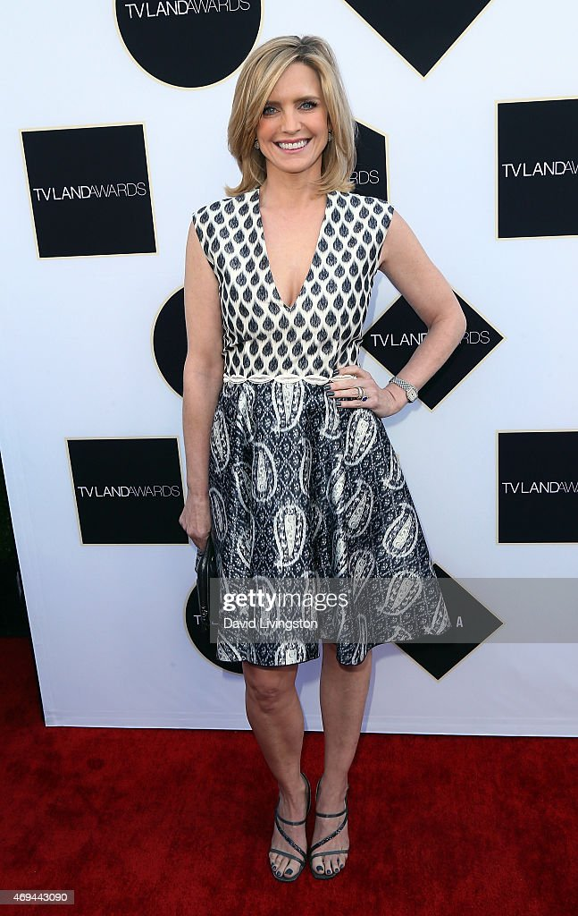 Actress <a gi-track='captionPersonalityLinkClicked' href=/galleries/search?phrase=Courtney+Thorne-Smith&family=editorial&specificpeople=215377 ng-click='$event.stopPropagation()'>Courtney Thorne-Smith</a> attends the 2015 TV Land Awards at the Saban Theatre on April 11, 2015 in Beverly Hills, California.