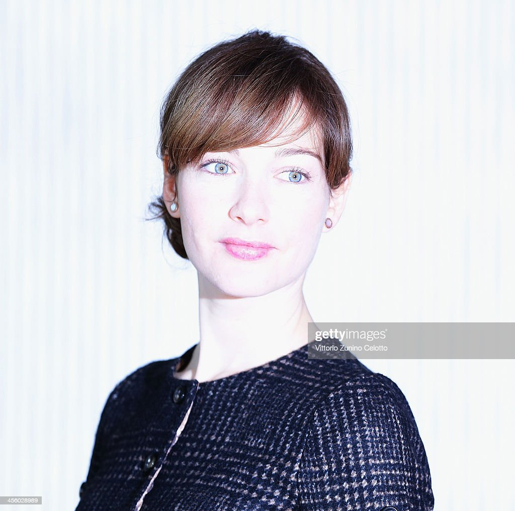 Actress <a gi-track='captionPersonalityLinkClicked' href=/galleries/search?phrase=Cristiana+Capotondi&family=editorial&specificpeople=676919 ng-click='$event.stopPropagation()'>Cristiana Capotondi</a> attends 'Indovina Chi Viene A Natale' photocall on December 13, 2013 in Milan, Italy.
