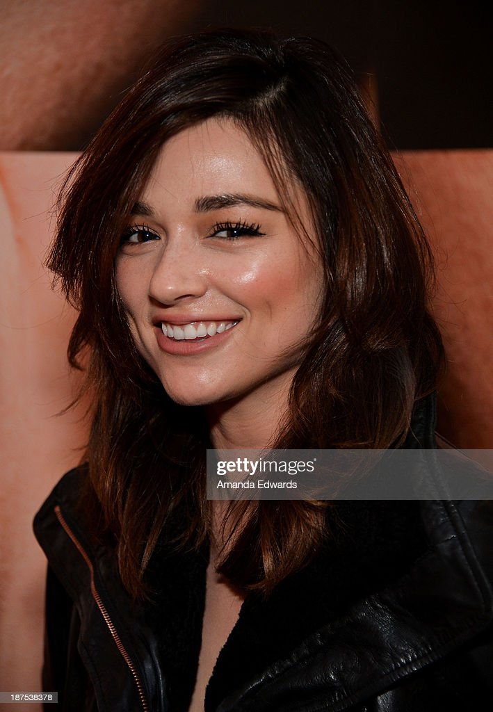 Actress Crystal Reed attends the launch party for photographer Tyler Sh... Show more - actress-crystal-reed-attends-the-launch-party-for-photographer-tyler-picture-id187538378