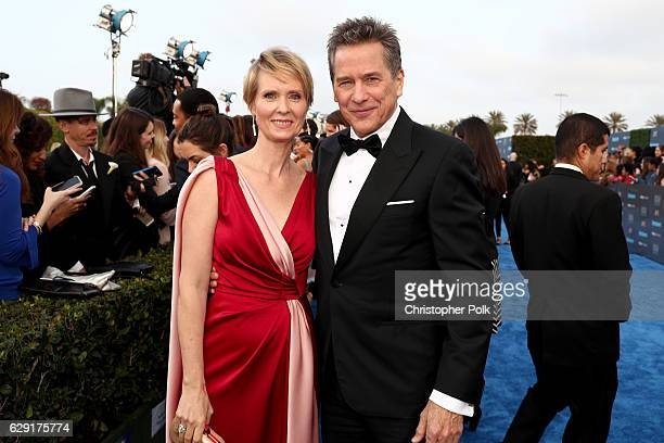 Actress Cynthia Nixon and actor Tim Matheson attend The 22nd Annual Critics' Choice Awards at Barker Hangar on December 11 2016 in Santa Monica...