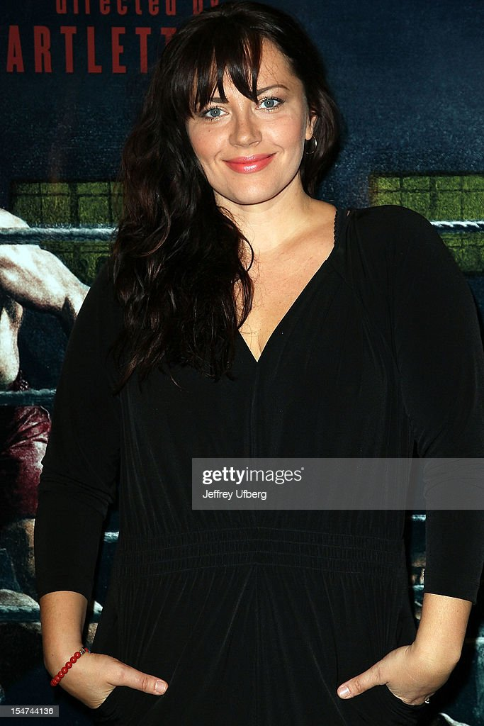 Actress Dagmara Dominczyk attends the 'Golden Boy' Cast Meet & Greet at the Lincoln Center Theater on October 25, 2012 in New York City.