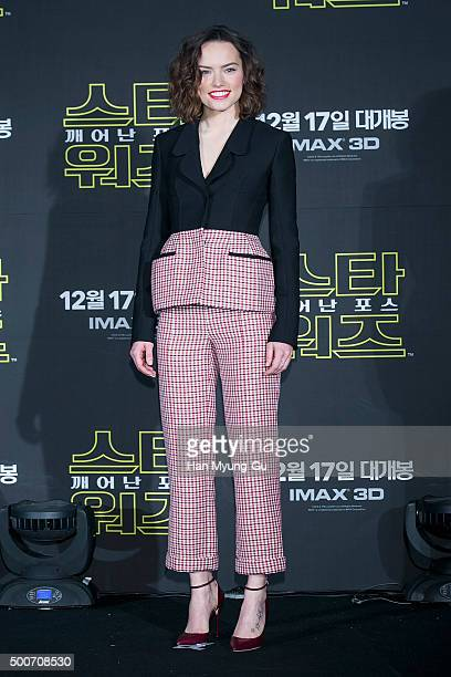 Actress Daisy Ridley attends the press conference for 'Star Wars The Force Awakens' at the Conrad Hotel on December 9 2015 in Seoul South Korea The...