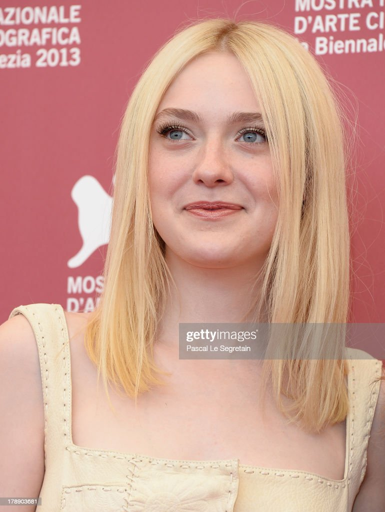 Actress <a gi-track='captionPersonalityLinkClicked' href=/galleries/search?phrase=Dakota+Fanning&family=editorial&specificpeople=203236 ng-click='$event.stopPropagation()'>Dakota Fanning</a> attends 'Night Moves' Photocall during the 70th Venice International Film Festival at the Palazzo del Casino on August 31, 2013 in Venice, Italy.