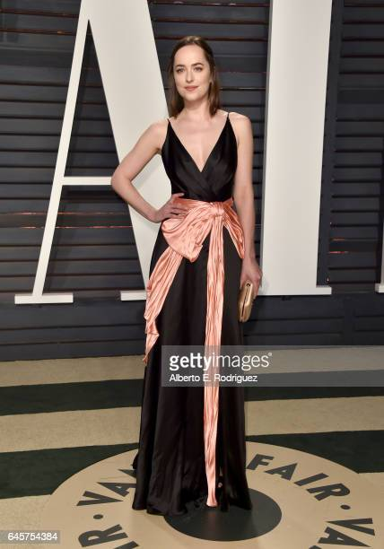 Actress Dakota Johnson attends the 2017 Vanity Fair Oscar Party hosted by Graydon Carter at Wallis Annenberg Center for the Performing Arts on...