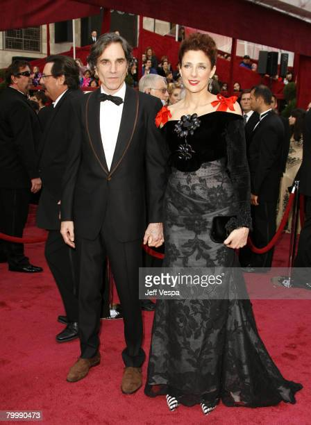 Actress Daniel DayLewis and wife Rebecca Miller attend the 80th Annual Academy Awards at the Kodak Theatre on February 24 2008 in Los Angeles...