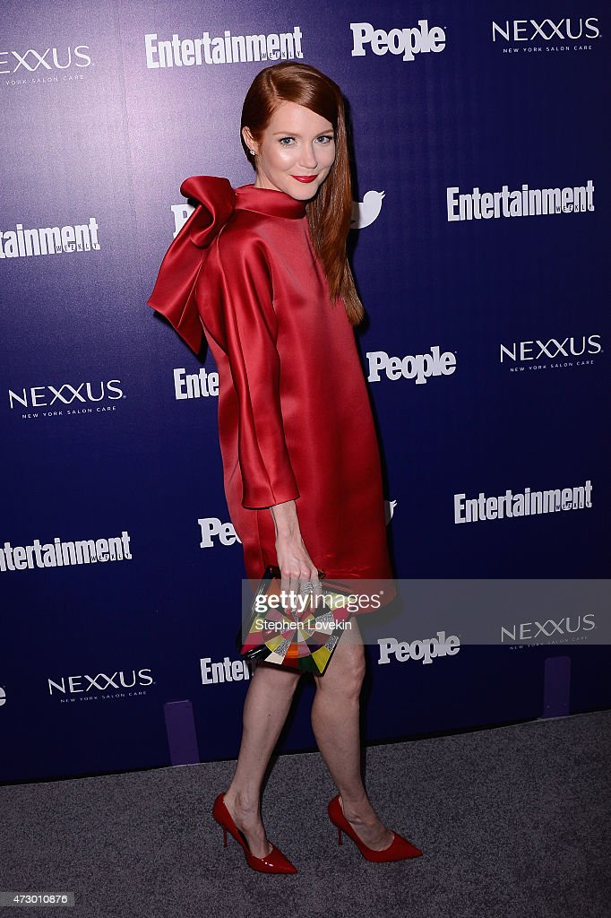 Actress Darby Stanchfield attends the Entertainment Weekly and PEOPLE celebration of The New York Upfronts at The Highline Hotel on May 11 2015 in...