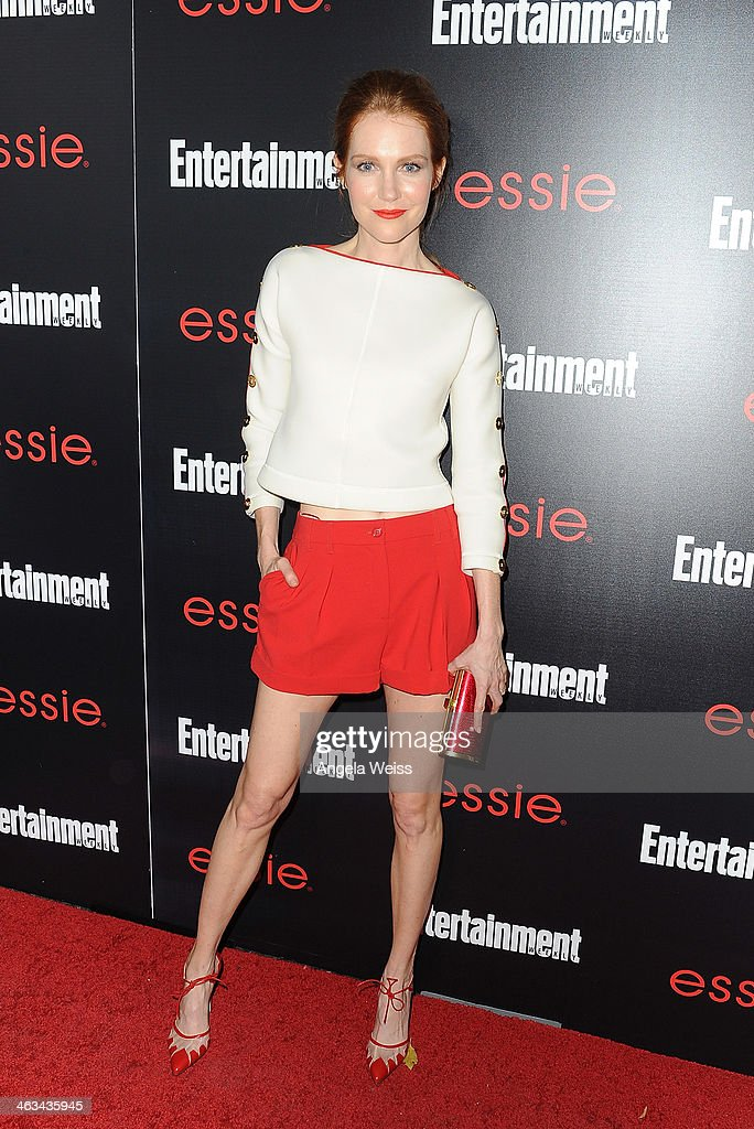 Actress <a gi-track='captionPersonalityLinkClicked' href=/galleries/search?phrase=Darby+Stanchfield&family=editorial&specificpeople=4068945 ng-click='$event.stopPropagation()'>Darby Stanchfield</a> attends the Entertainment Weekly celebration honoring this year's SAG Awards nominees sponsored by TNT & TBS and essie at Chateau Marmont on January 17, 2014 in Los Angeles, California.