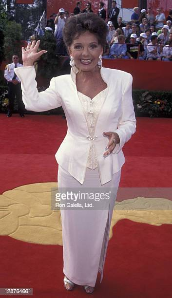Actress Dawn Wells attends 69th Annual Academy Awards on March 24 1997 at the Shrine Auditorium in Los Angeles California