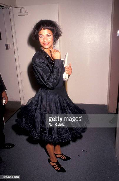 Actress Debbie Allen attending 'A Party For Richard Pryor' on September 7 1991 at the Beverly Hilton Hotel in Beverly Hills California