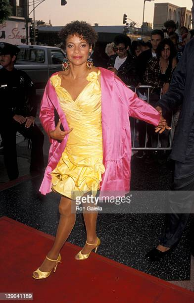Actress Debbie Allen attending the premiere party for 'Total Recall' on May 31 1990 at the Griffith Park Observatory in Los Angeles California