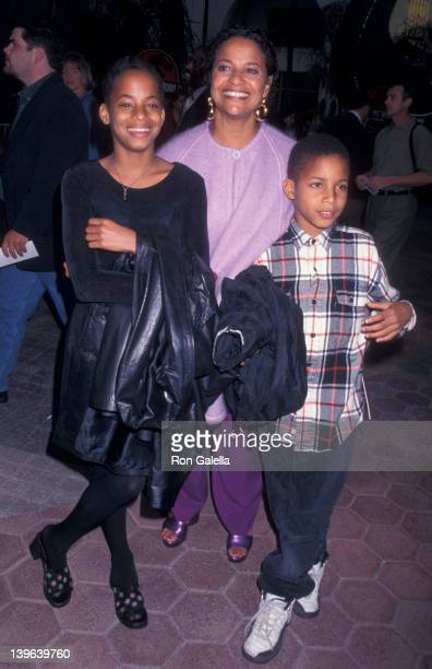 Actress Debbie Allen daughter Vivian Nixon and Norman Nixon Jr attending the screening of 'The Lost World' on May 19 1997 at the Cineplex Odeon...