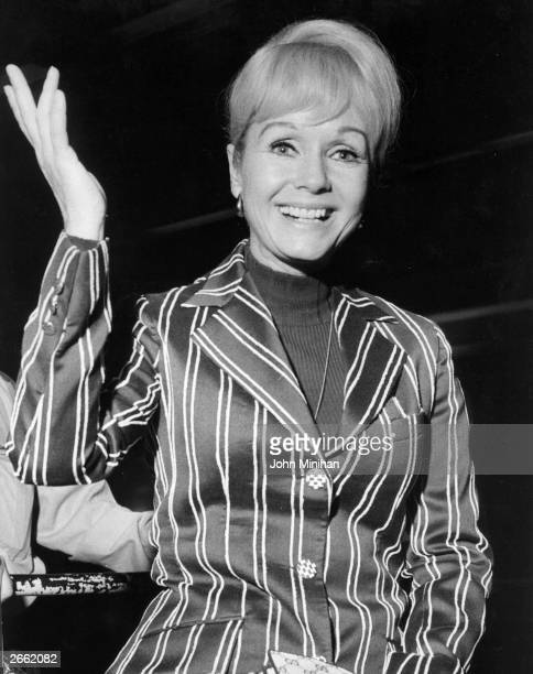 US actress Debbie Reynolds arrives at London Airport from Los Angeles