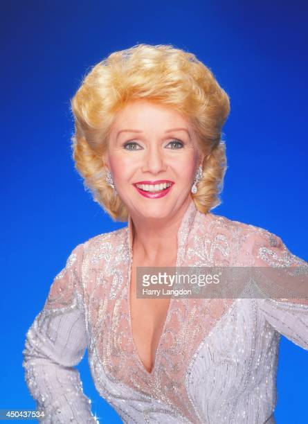 Actress Debbie Reynolds poses for a portrait in 1988 in Los Angeles California
