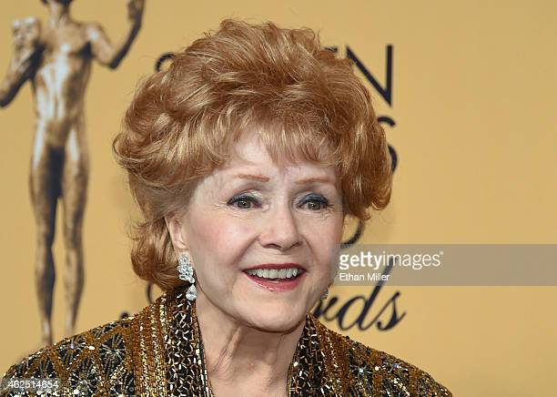 Actress Debbie Reynolds recipient of the Screen Actors Guild Life Achievement Award poses in the press room during the 21st Annual Screen Actors...