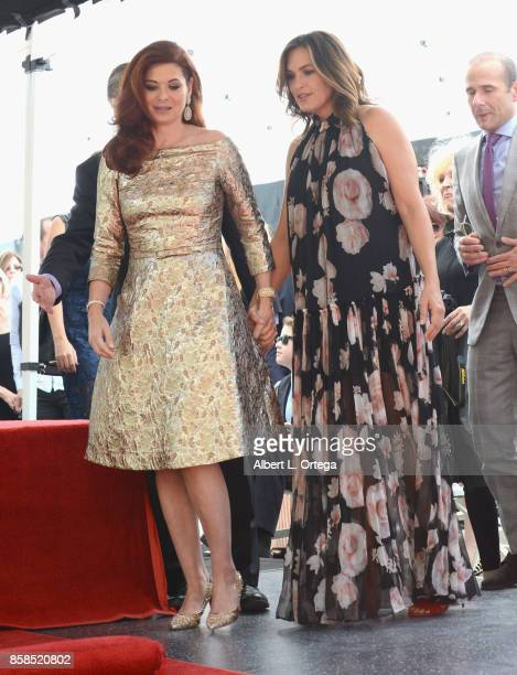 Actress Debra Messing and actress Mariska Hargitay attend Debra Messing Star Ceremony on The Hollywood Walk Of Fame held on October 6 2017 in...