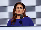 Actress Debra Messing delivers remarks on the second day of the 2016 Democratic National Convention at Wells Fargo Center on July 26 2016 in...
