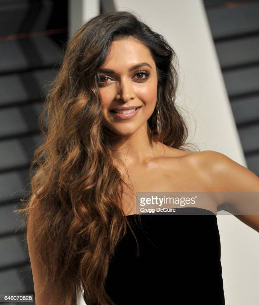 Actress Deepika Padukone arrives at the 2017 Vanity Fair Oscar Party Hosted By Graydon Carter at Wallis Annenberg Center for the Performing Arts on...