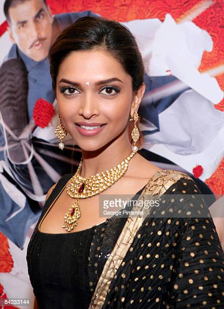 Actress Deepika Padukone arrives at the Canadian Premiere of the Warner Bros release for the Bollywood film 'Chandni Chowk To China' at the AMC...