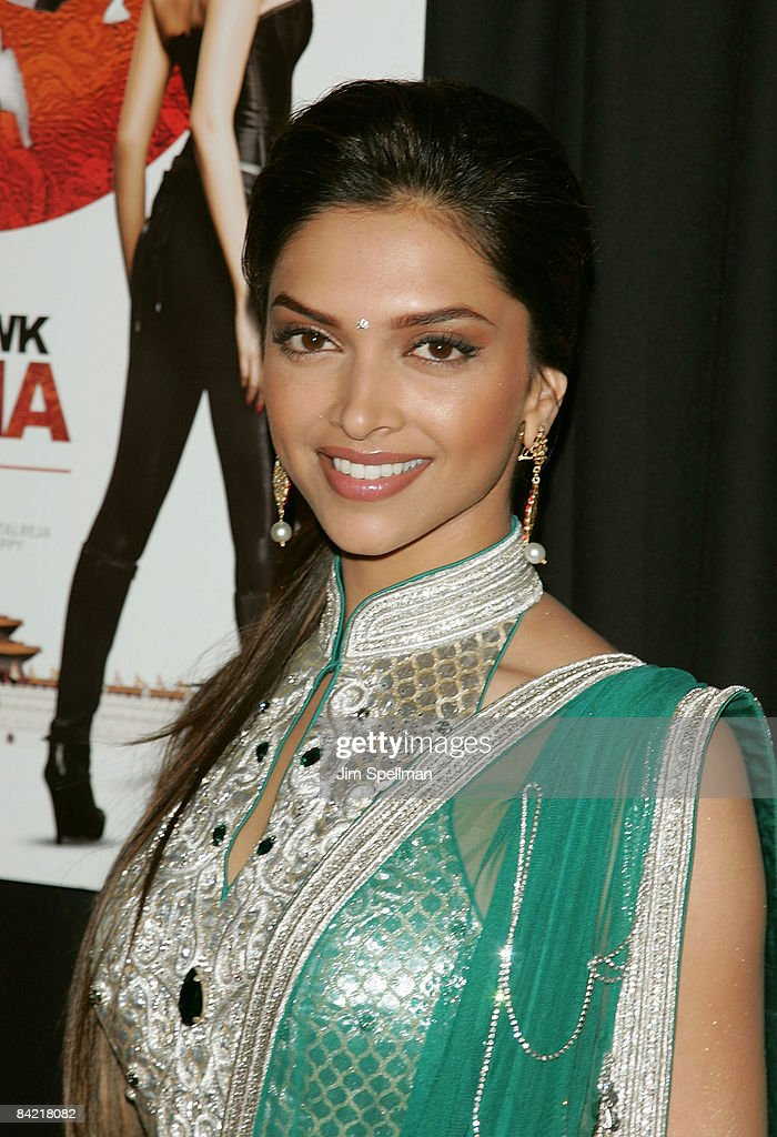 Actress <a gi-track='captionPersonalityLinkClicked' href=/galleries/search?phrase=Deepika+Padukone&family=editorial&specificpeople=869186 ng-click='$event.stopPropagation()'>Deepika Padukone</a> attends the premiere of 'Notorious' at the AMC Lincoln Square on January 7, 2009 in New York City.