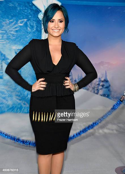 Actress Demi Lovato attends the premiere of Walt Disney Animation Studios' 'Frozen'at the El Capitan Theatre on November 19 2013 in Hollywood...