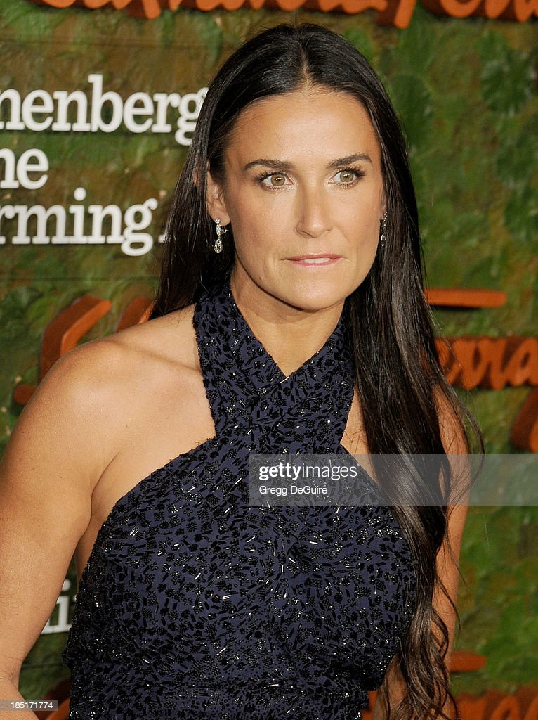 Actress Demi Moore arrives at the Wallis Annenberg Center For The Performing Arts Inaugural Gala at Wallis Annenberg Center for the Performing Arts on October 17, 2013 in Beverly Hills, California.
