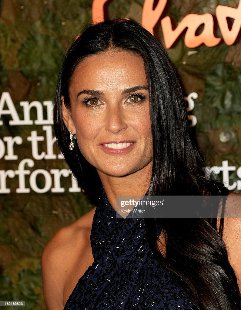 Actress Demi Moore arrives at the Wallis Annenberg Center For The Performing Arts Gala at the Wallis Annenberg Center For The Performing Arts on October 17, 2013 in Beverly Hills, California.