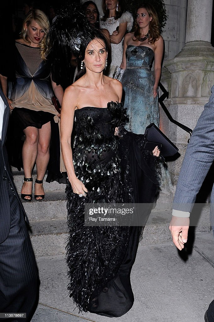 Actress <a gi-track='captionPersonalityLinkClicked' href=/galleries/search?phrase=Demi+Moore&family=editorial&specificpeople=202121 ng-click='$event.stopPropagation()'>Demi Moore</a> leaves the Crown Restaurant on May 2, 2011 in New York City.