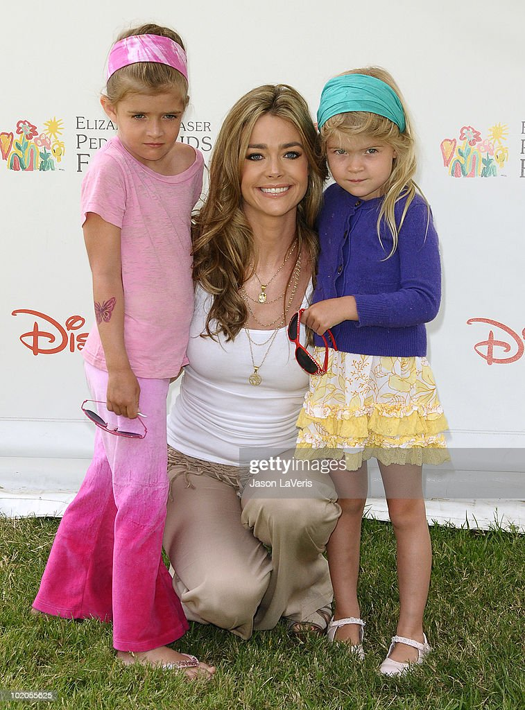 Actress Denise Richards and daughters Sam Sheen (L) and Lola Sheen (R) attend the 21st annual 'A Time For Heroes' celebrity picnic benefit at Wadsworth Theater on June 13, 2010 in Los Angeles, California.