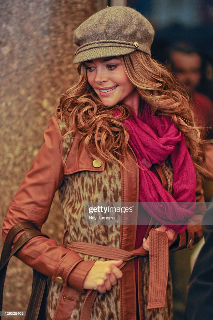 Actress Denise Richards leaves the '30 Rock' movie set at Rockefeller Center on October 17 2011 in New York City
