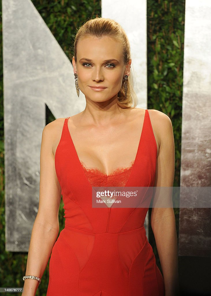 Actress Diane Kruger arrives at the 2012 Vanity Fair Oscar Party hosted by Graydon Carter at Sunset Tower on February 26, 2012 in West Hollywood, California.
