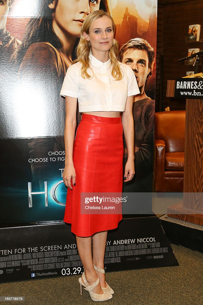 Actress <a gi-track='captionPersonalityLinkClicked' href=/galleries/search?phrase=Diane+Kruger&family=editorial&specificpeople=202640 ng-click='$event.stopPropagation()'>Diane Kruger</a> arrives at the celebration of the film release of 'The Host' at Barnes & Noble bookstore at The Grove on March 15, 2013 in Los Angeles, California.