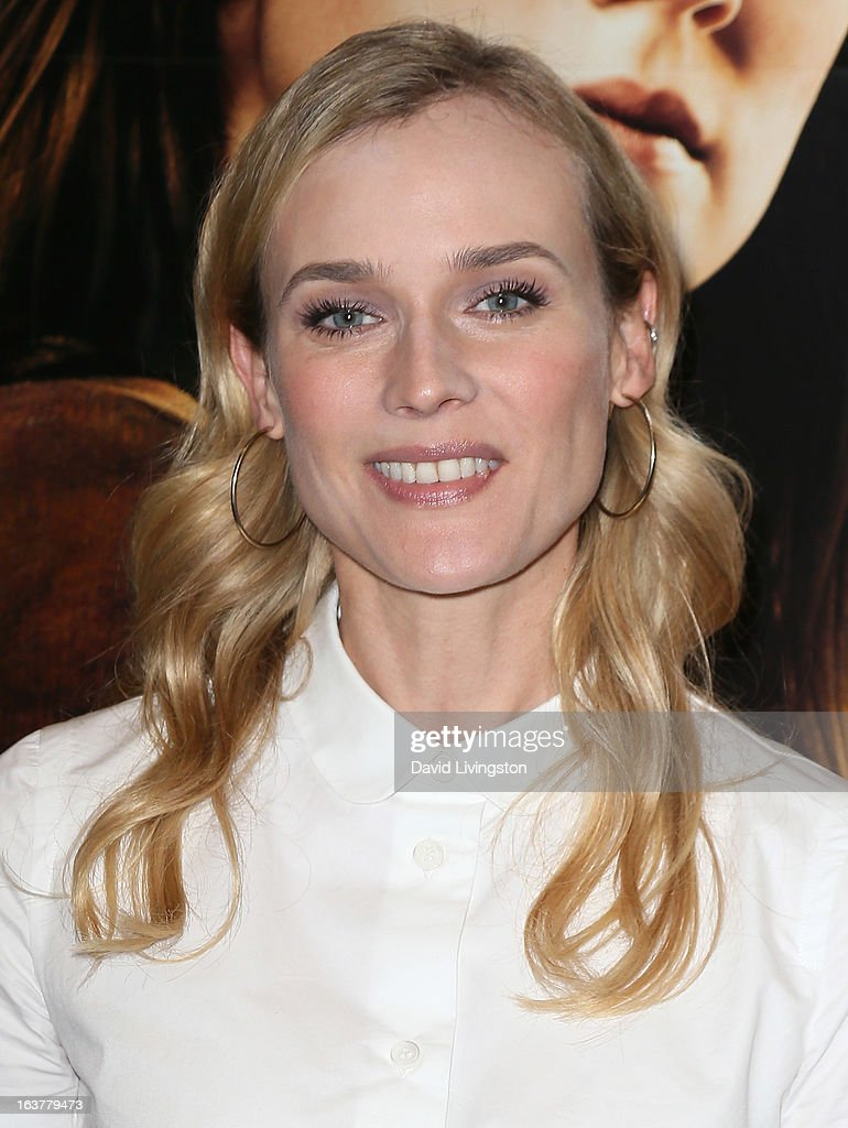 Actress <a gi-track='captionPersonalityLinkClicked' href=/galleries/search?phrase=Diane+Kruger&family=editorial&specificpeople=202640 ng-click='$event.stopPropagation()'>Diane Kruger</a> attends a signing for Stephenie Meyer's book 'The Host' at Barnes & Noble bookstore at The Grove on March 15, 2013 in Los Angeles, California.