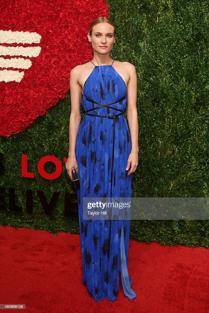 Actress <a gi-track='captionPersonalityLinkClicked' href=/galleries/search?phrase=Diane+Kruger&family=editorial&specificpeople=202640 ng-click='$event.stopPropagation()'>Diane Kruger</a> attends the 2015 God's Love WE Deliver Golden Heart Awards at Spring Studios on October 15, 2015 in New York City.